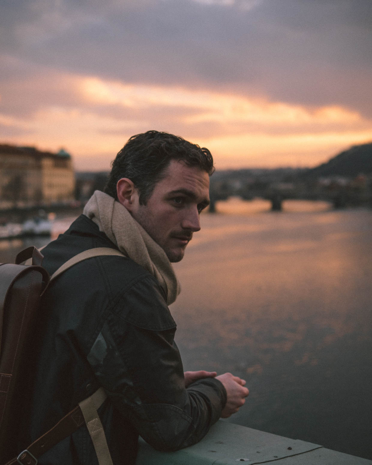 prag-praha-prague-travel-city-visit-view-sunset-philipp-brooks-backpack (3)